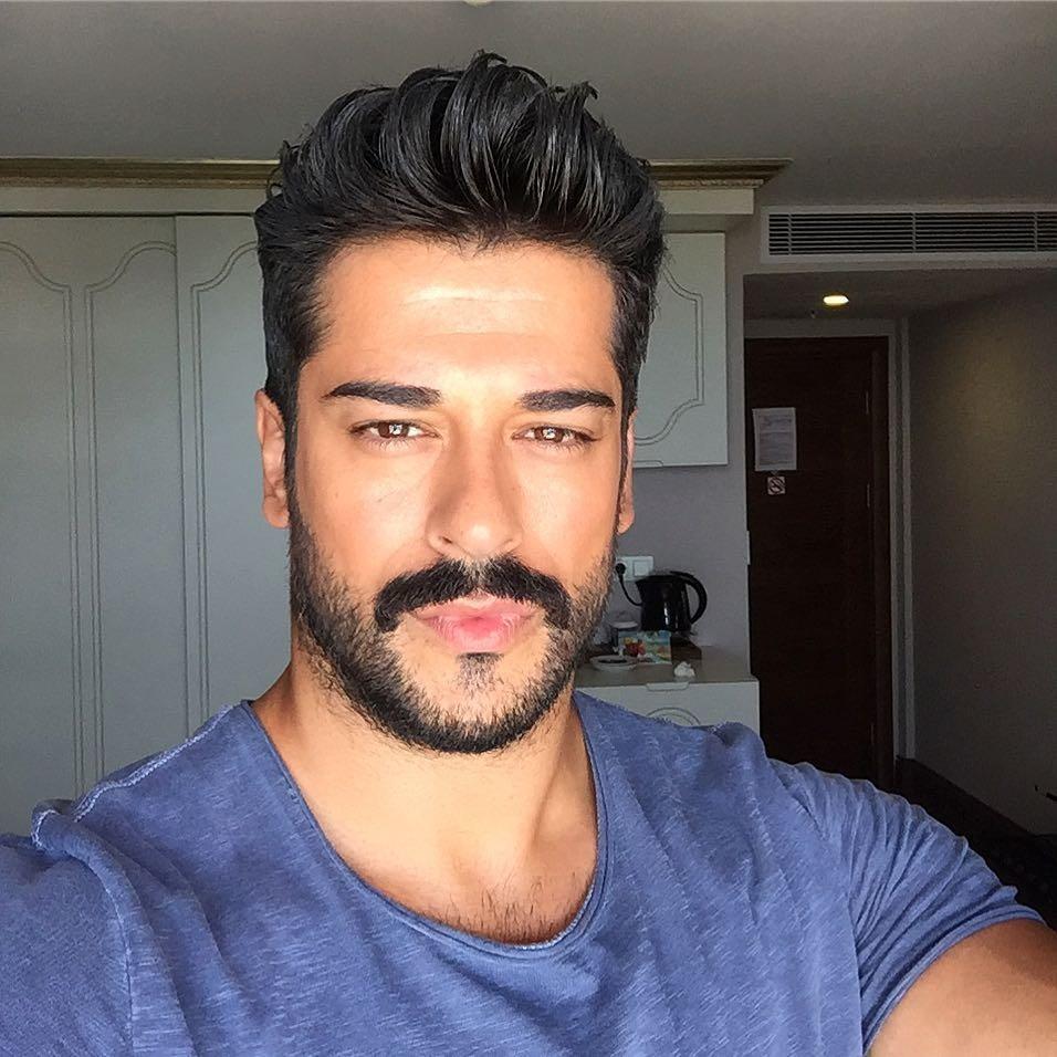 бурак турецкий актер фото в инстаграм захват снимков экрана