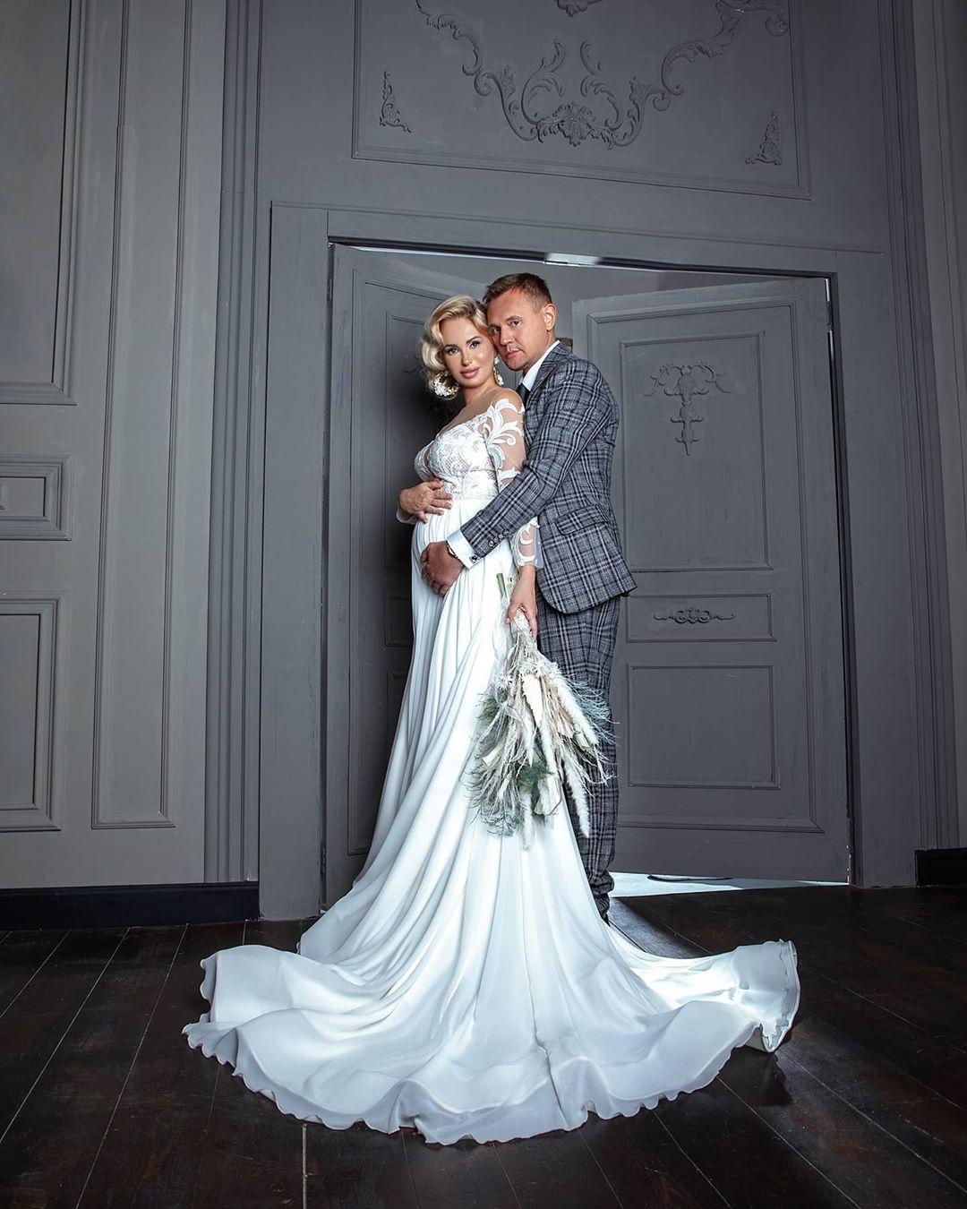 всего степан меньщиков с женой фото со свадьбы чистого сердца поздравляем
