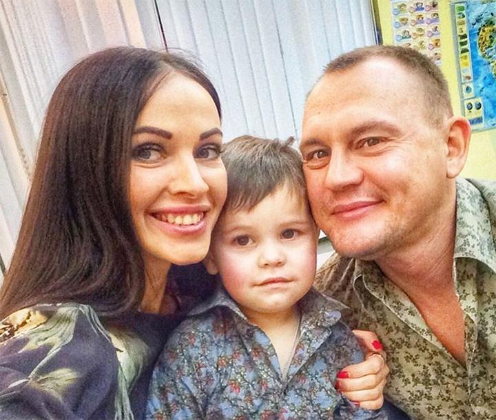 Степа хочет знать, от кого был рожден маленький ВаняФото: «ВКонтакте»