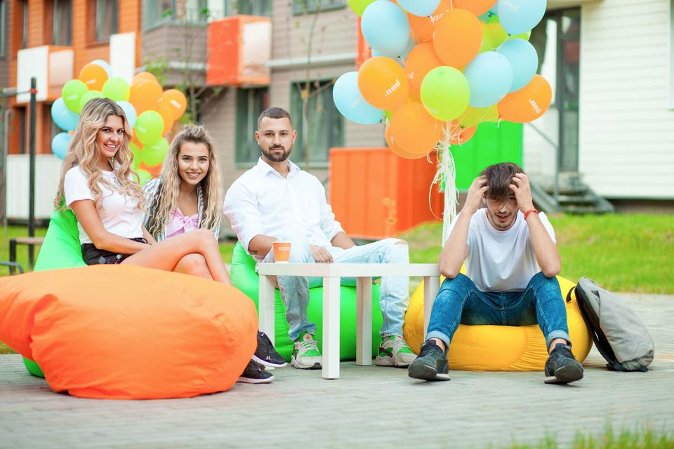 Участники шоу приняли участие в вечеринке открытия ЖК Город-курорт «Май»Фото: Игорь Баркалов, Мари Аянян