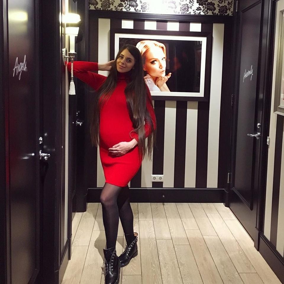 Ольга Рапунцель планирует дать будущему ребенку другое отчествоФото: «Инстаграм»