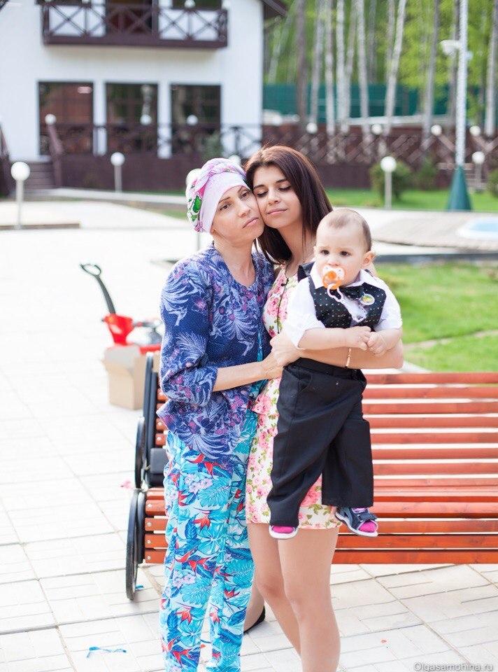 Алиана помогала маме побороть болезнь Фото: Соцсети