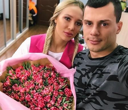 Лиза Полыгалова и Иван БарзиковФото: «Инстаграм»