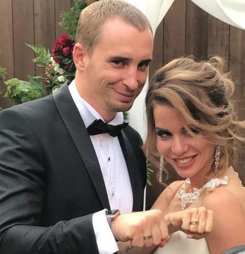 Свадьба пары оказалась фейковойФото: «Инстаграм»
