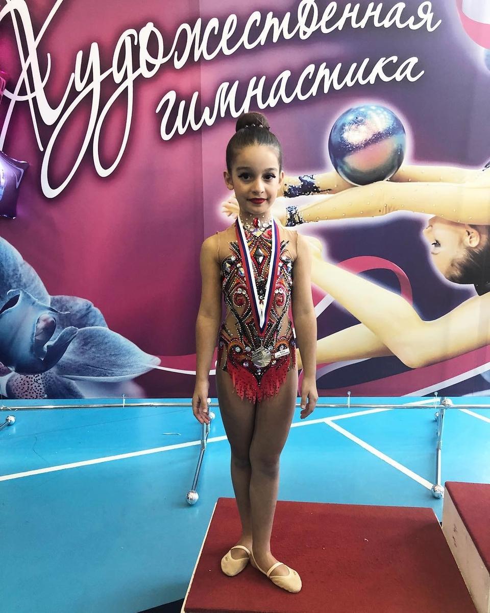 Маруся заняла второе место на соревнованиях по художественной гимнастикеФото: «Инстаграм»