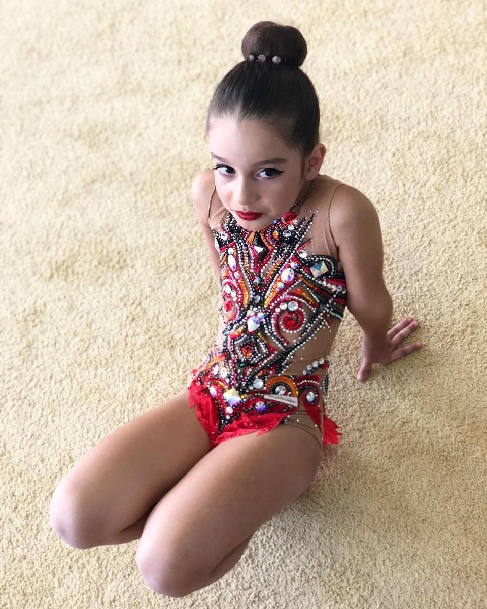 Девочка занимается спортом уже три годаФото: «Инстаграм»