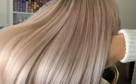 Лиза Триандафилиди похвасталась новым оттенком волосФото: «Инстаграм»