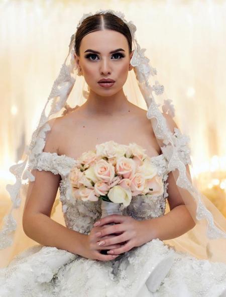 Саша Артемова была похожа на принцессу из сказкиФото: «Инстаграм»
