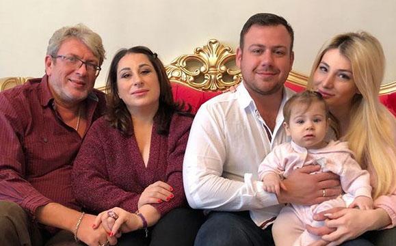 Этот снимок Марина Тристановна назвала семейнымФото: «Инстаграм»