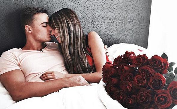 Свой пост Леша Купин сопроводил романтичным снимкомФото: «Инстаграм»