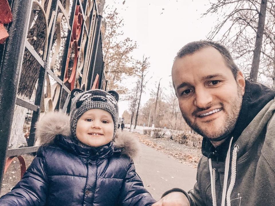 Лёша познакомил сына сдочкой Маши Фото: «Инстаграм»