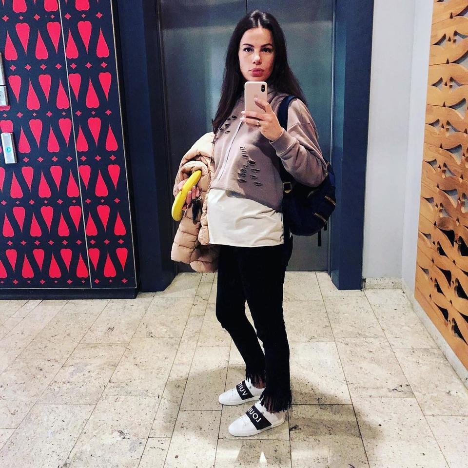 Instagram: Супруга Оскара Кучеры перестала скрывать беременность