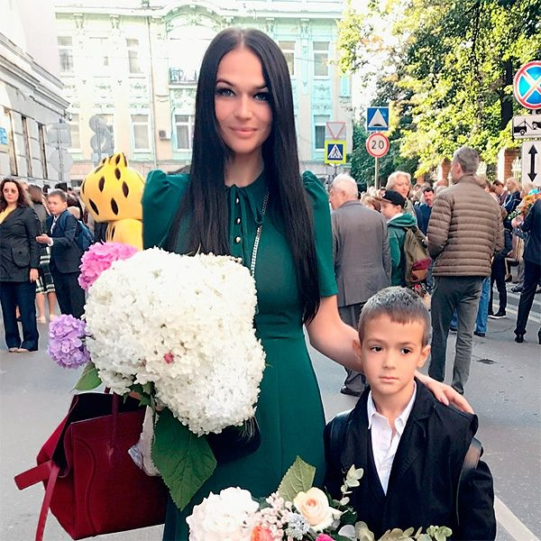 Алёна Водонаева нехочет делать их сына публичного человека Фото: «Инстаграм»