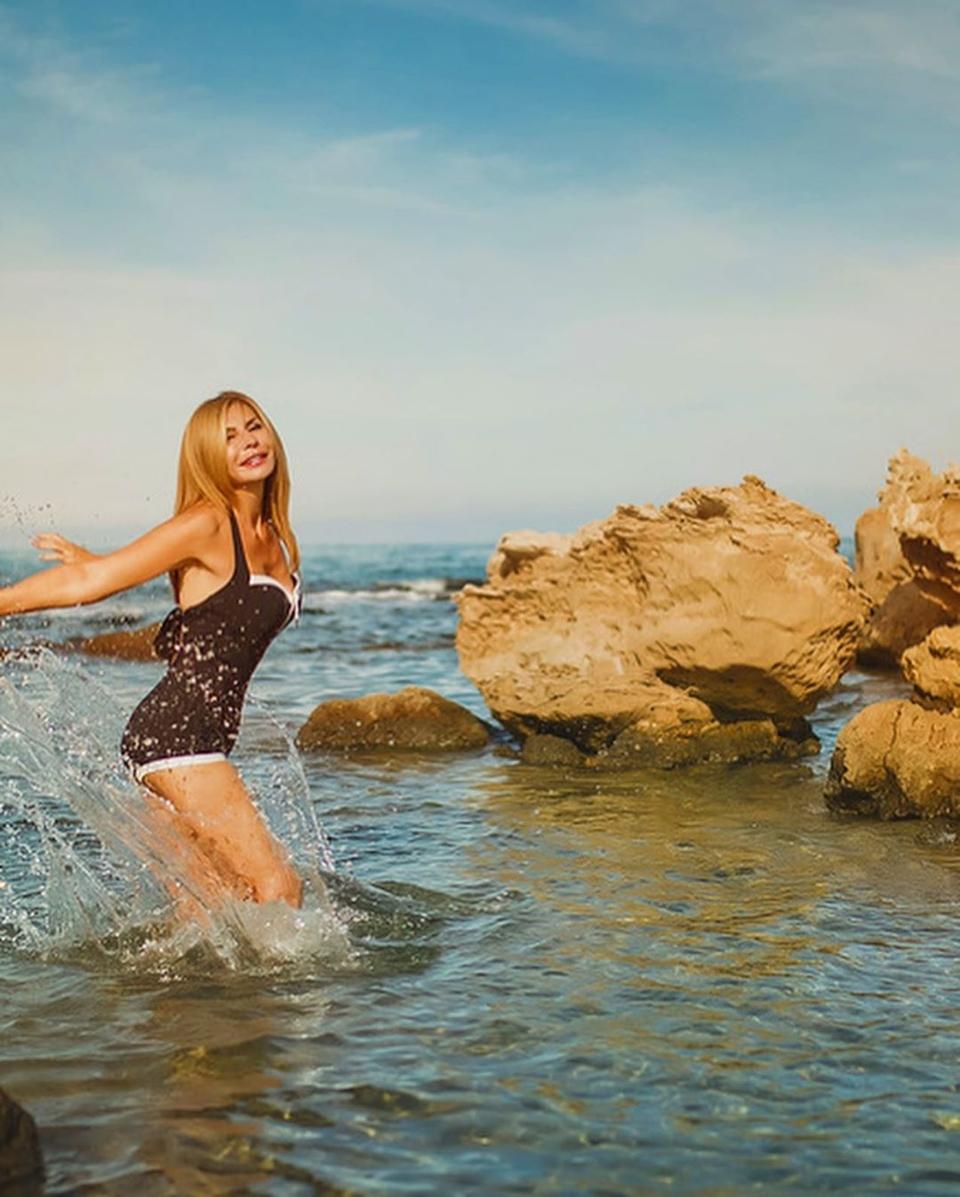 Ирина Агибалова наслаждается своей стройностью Фото: «Инстаграм»