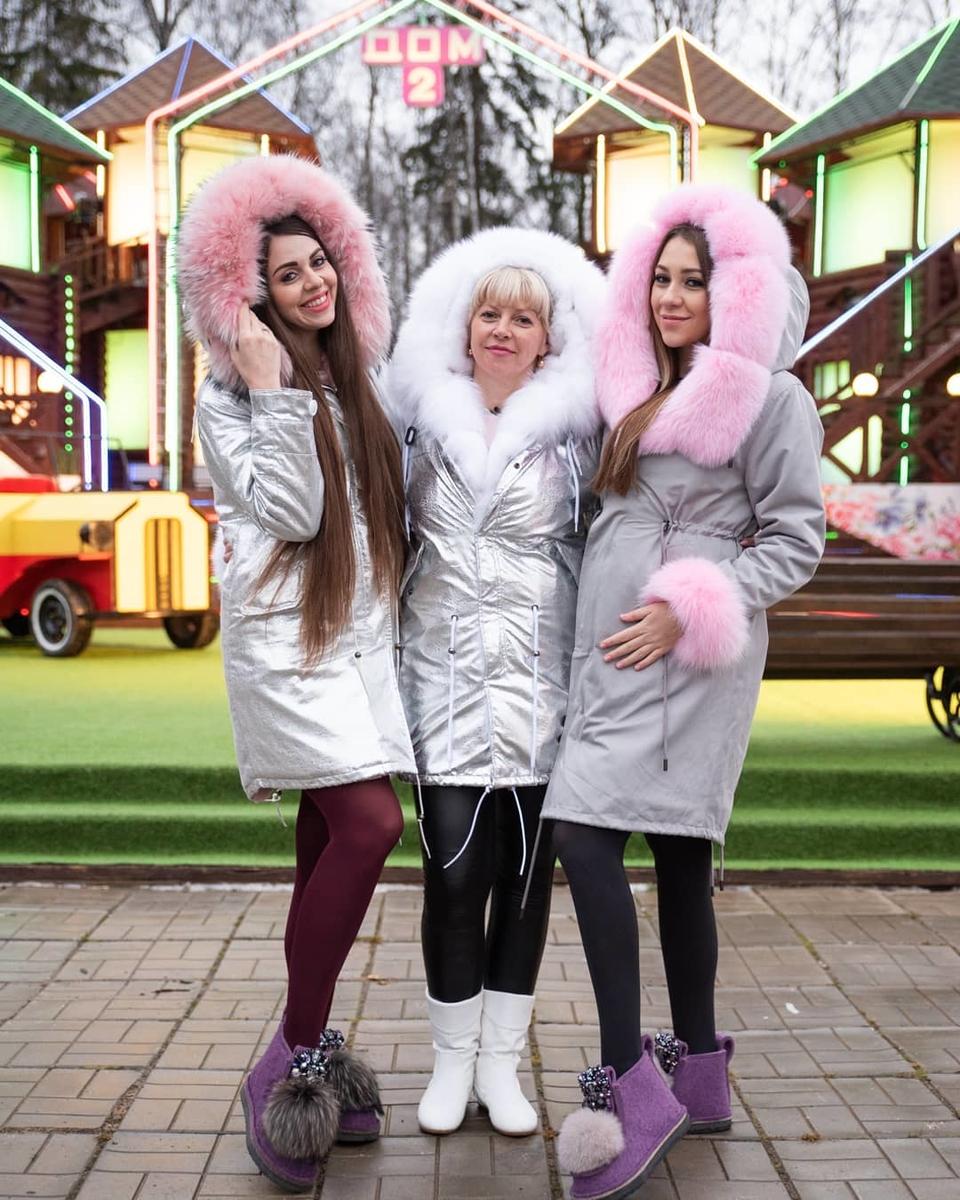 Татьяна Владимировна остаётся напроекте, чтобы помогать дочкам растить детей Фото: АрхивDom2Life.ru