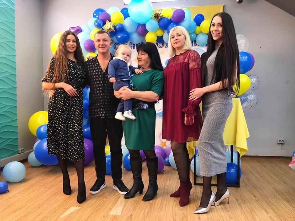 Накануне семья отпраздновала годик Богдана Фото: «Инстаграм»